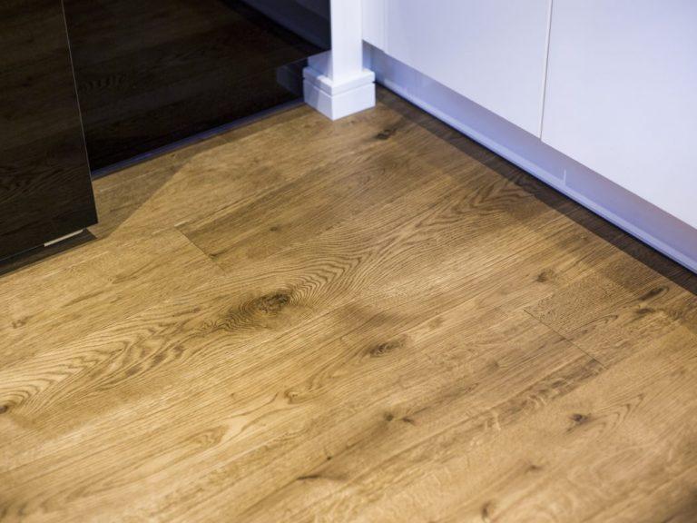 podłoga drewniana ESCO Dąb Kolonial Classic